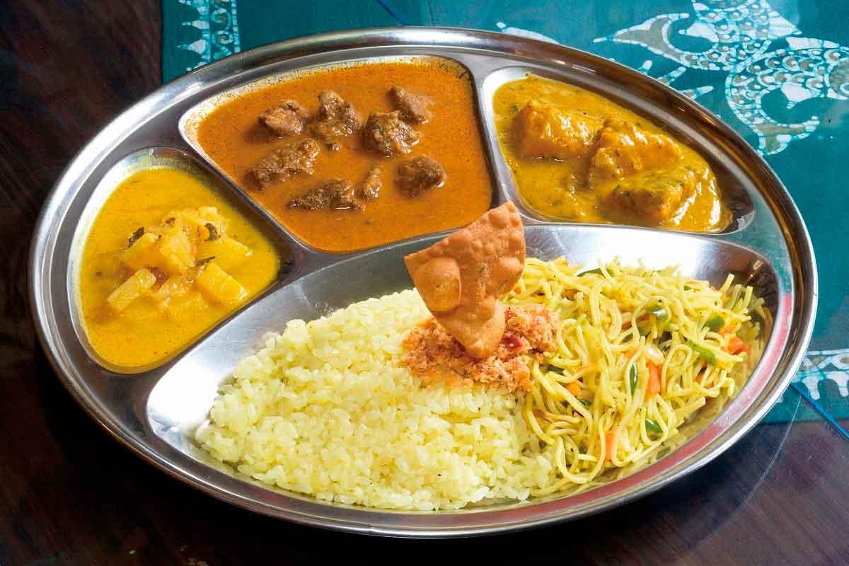[松江市]スリランカカレーでエキゾチックなお昼ごはん『印度亜』【テイクアウトOK】
